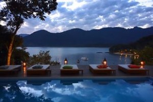 green-stone-journeys-wellness-tours-brazil-paraty-yoga-retreats