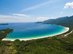 island-retreat-eco-sitio-green-stone-journeys-wellness-tours-brazil-paraty
