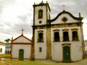 yoa-retreat-historic-church-paraty-green-stone-journeys-wellness-tours-brazil