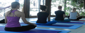 yoga-class-island-discovery-green-stone-journeys-wellness-tours