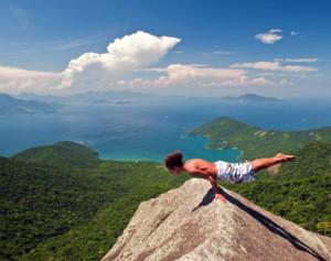 yoga-island-experience-ilha-grande-brazil_001p
